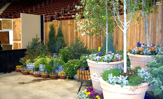 Home and garden show casper events center for Classic house with flower garden